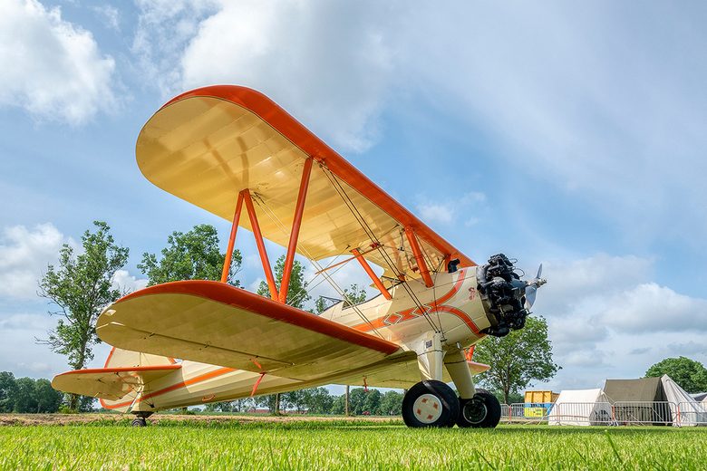 Airshow Oostwold 9 juni 2019 - Wat een prachtige vliegtuigen waren er op de Airshow in Oostwold. Hier de Boeing Stearman PT-17.<br /> <br /> Deze St