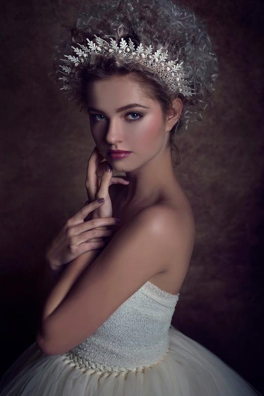 Royal Queen -