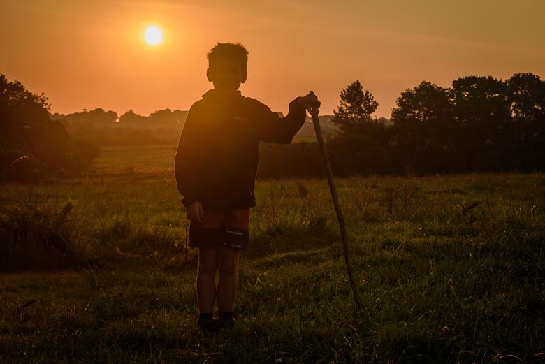 Dauwtrip - Op verkenningstocht bij zonsopgang. Plonévez-Porzay, Bretagne.