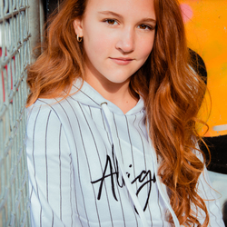 Model Alysha