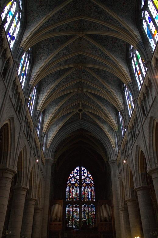 Licht - De Sint-Pauluskathedraal in Luik.