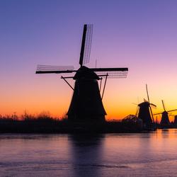 Een uurtje voor zonsopkomst bij Kinderdijk