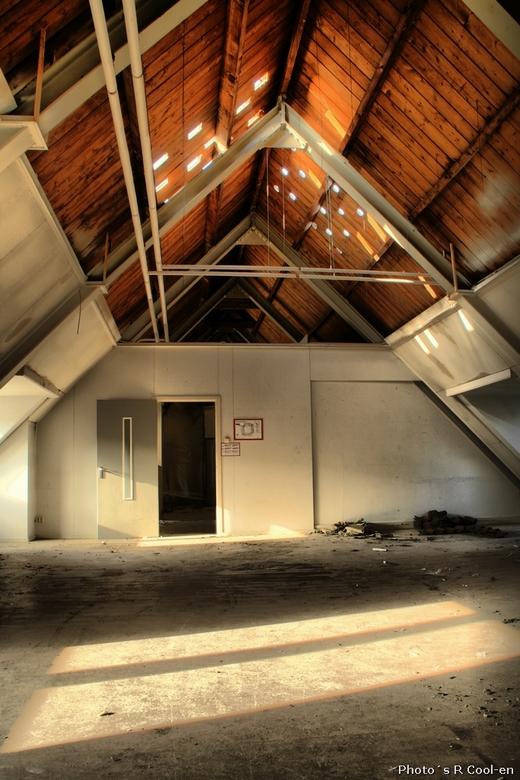 Liefdesgesticht 3 - In november samen met evhfotografie een bezoek gebracht. Gebouw wordt momenteel gesloopt.