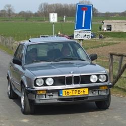 Een BMW 325IX.