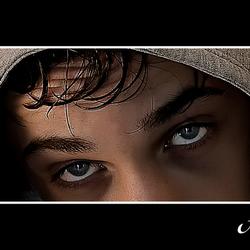 Donkere ogen