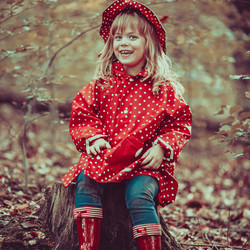 Mijn roodkapje, op stap in het grote bos...
