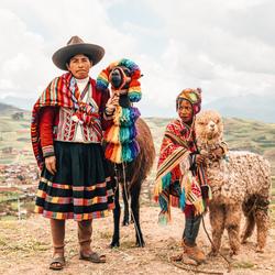 Kleurrijk en toch donker. De realiteit in Peru?