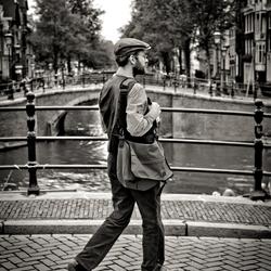 Straatfotografie A'dam 50mm in B&W foto1