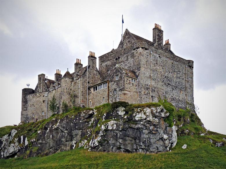 Schotland 15 - Gemaakt tijdens ons bezoek aan Duart Castle op Isle of Mull. Mooie locatie heeft dit kasteel.