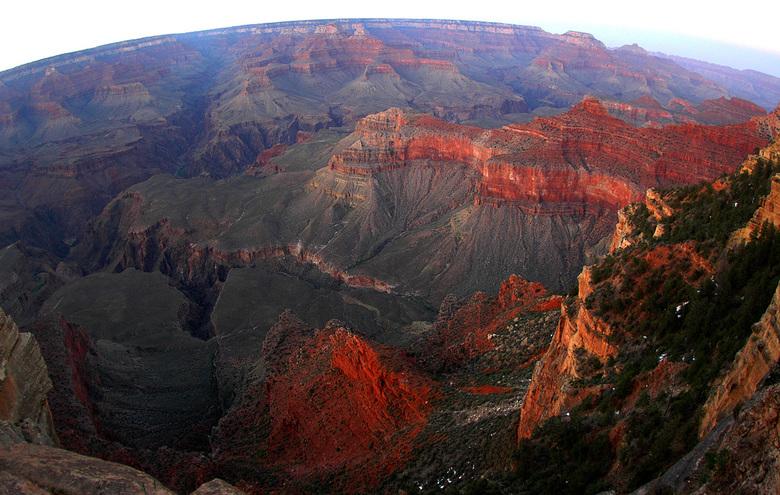 Zonsondergang bij de Grand Canyon