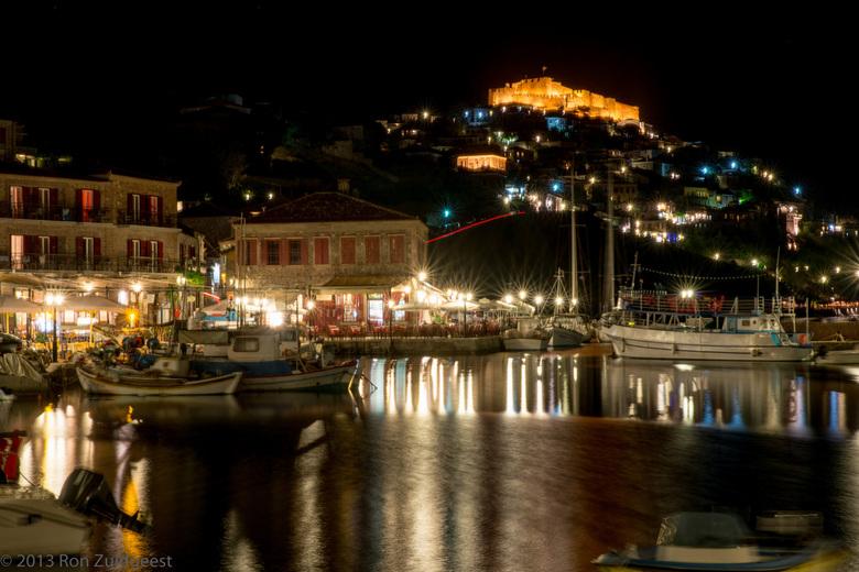 Molyvos - by night - op het eiland Lesbos - De haven van Molyvos op het eiland Lesbos (Lesvos) <br /> DSC_7060.jpg