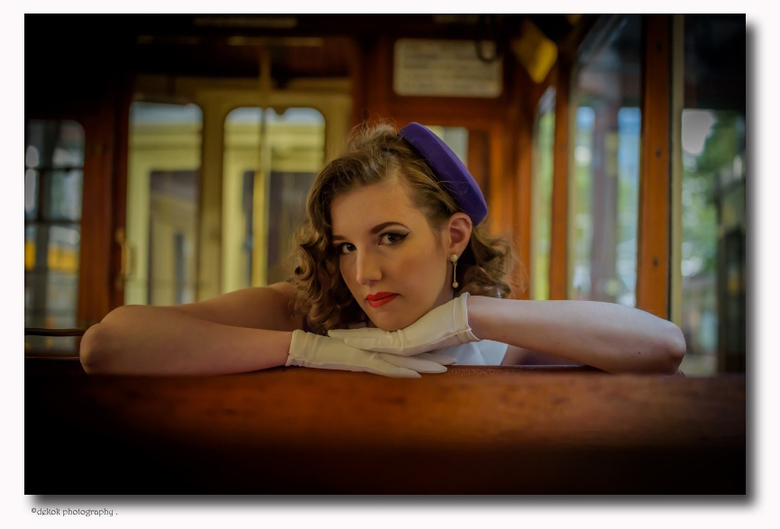 Hollywood Portrait ..... - Foto is gemaakt in de Tramremise Den Haag .