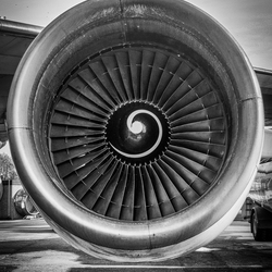 747-200 engine