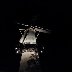 Molen bij nacht...