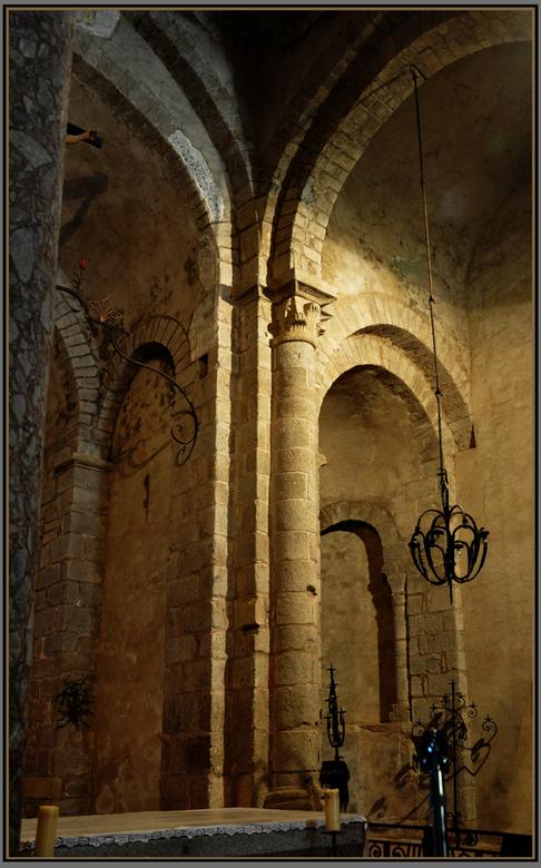 kloosterkerk  - vroegromaans eind 11e eeuw