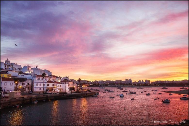 Portimão - Het mooie kustplaatsje Portimão aan de Portugese Algarve.