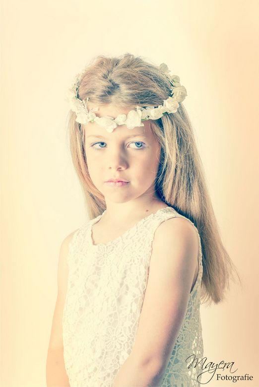 Flower girl 2  - ..