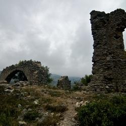 Perillos kasteel ruïne