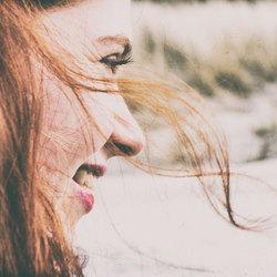 Wuivend Rood Haar