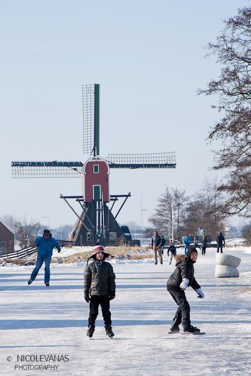 Hollandsch vermaeck 2 - Afgelopen weekeinde waren er volop mensen op de been.<br /> <br /> waar ijs was waren mensen.<br /> <br /> Lekker rondje d