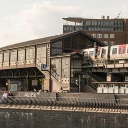 Hamburg - Hafencity - U-bahnhof Baumwall