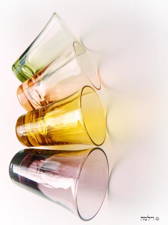 Glaasjes.... - Glaasjes in verschillende kleurtjes....