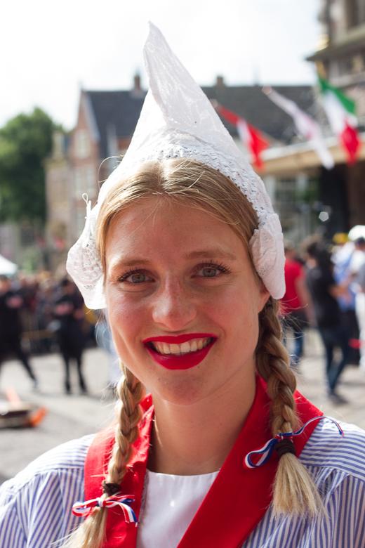 Kaasmeisje - Aanwezig op de wekelijke toeristische kaasmarkt van alkmaar