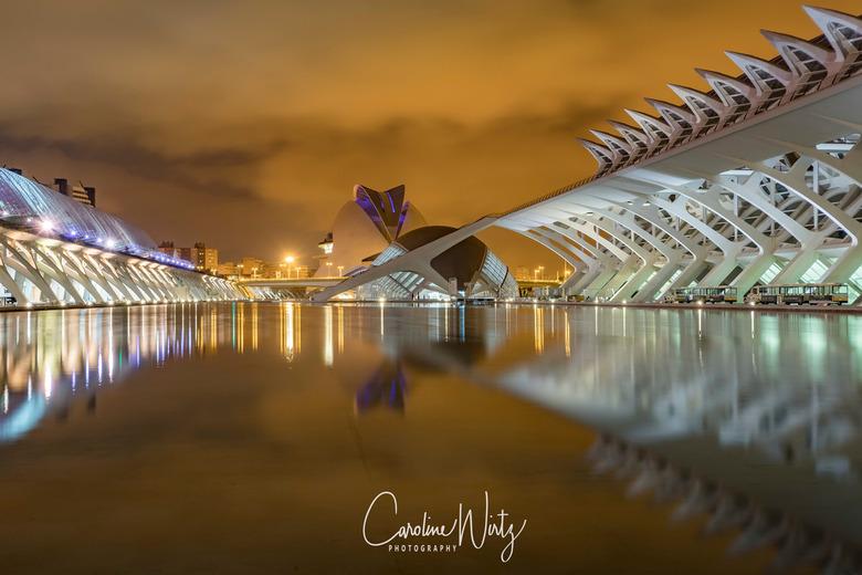 Ciudad de las Artes y Ciencias - Ciudad de las Artes y Ciencias<br /> Gebouw: L'Hemisfèric (het Oog)<br /> Valencia