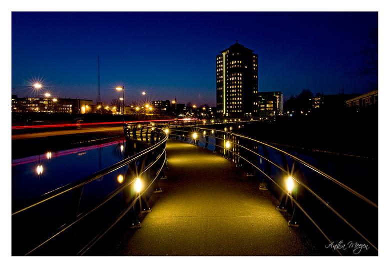 Nieuwe poging nachtfotografie - Met alle tips van de  vorige keer nogmaal Stadskanaal ingedoken om in het blauwe uur te fotograferen. Hierbij het resu