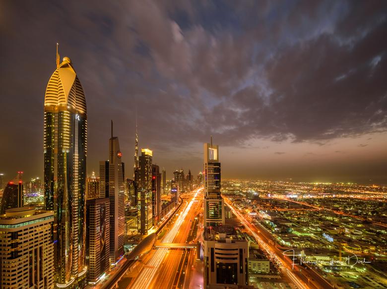 """City of Gold - Ook dit was een geweldige avond in Dubai, zeker met zo&#039;n fantastisch uitzicht.  <img  src=""""/images/smileys/smile.png""""/>"""