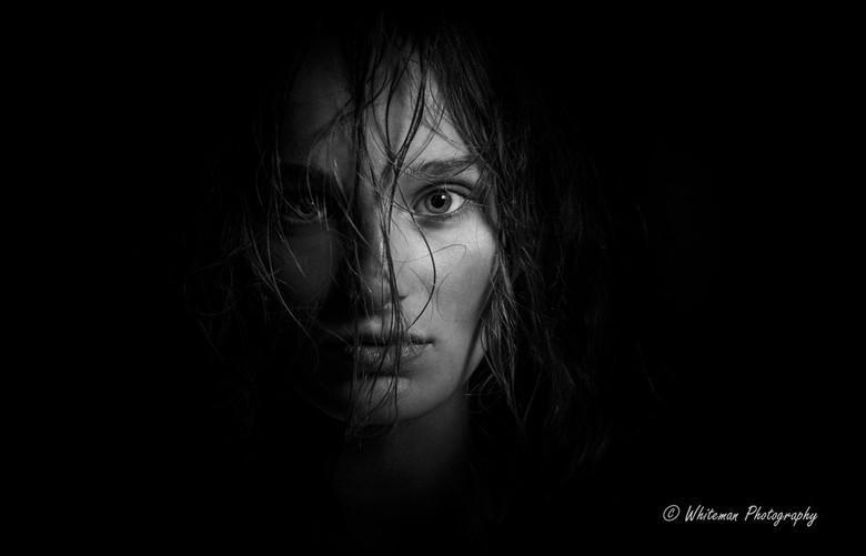 Mystery girl -
