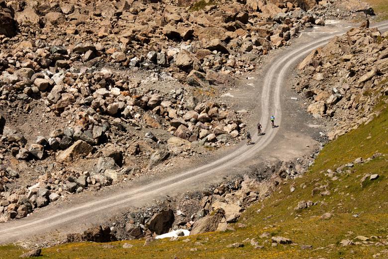 Idalp MTB - Idalp MTB<br /> <br /> MTB-en zoals MTB-en bedoeld is:<br /> in de bergen (Alpen) op een hoogte van ca. 2500 meter.