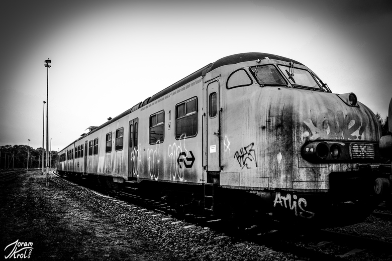 Lonely Train -