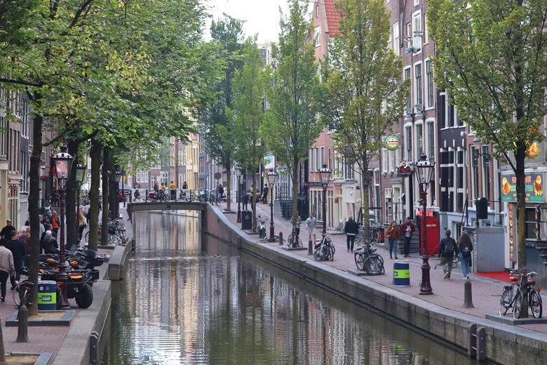 Amsterdam - Oudezijds Achterburgwal