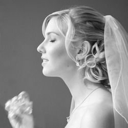 The bride & her perfume...
