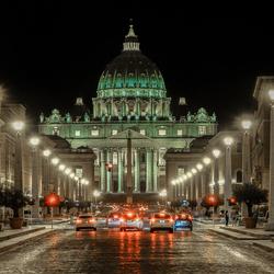 Avondopname van de Sint Pieter in Rome