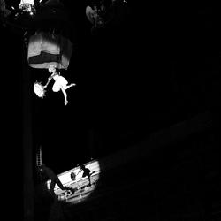 Vliegen boven Brabo.. - Antwerpen