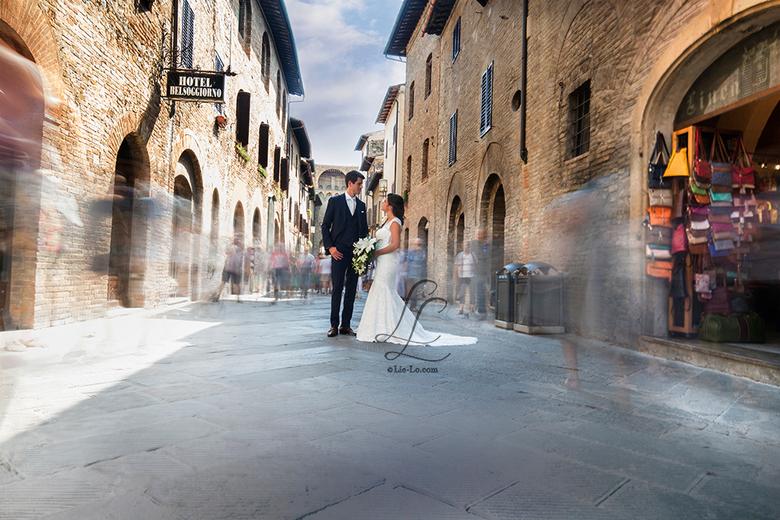 Wedding in Tuscany - Bruiloft in Italië, schieten in San Gimignano en 3 dagen feesten in Borgo Della Meliana. Wat houd ik toch van mijn werk