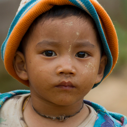birmees jongetje 01.jpg