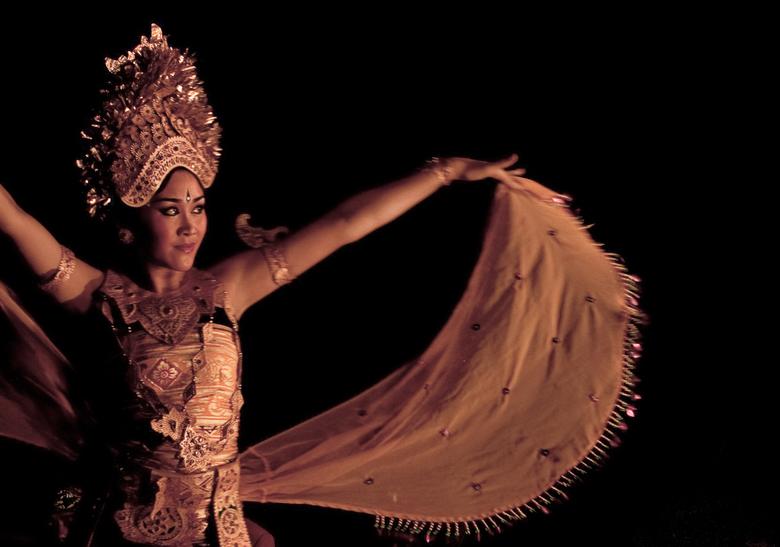 Nog een Balinese danseres - Altijd fijn om even in tropische sferen te verkeren.