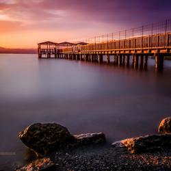 Pier bij zonsondergang v2