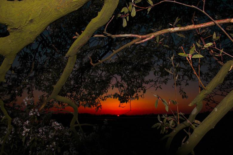 Zonsondergang - Zonsondergang aan de rand van Chaam
