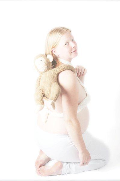 Zwanger met lievelingsknuffel - Zwanger met lievelingsknuffel