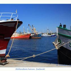Doorkijkje binnenhaven Stellingdam.