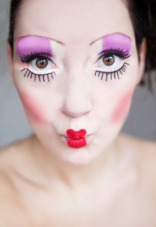 Doll face - Vandaag even een bijzonder make upje bij mezelf uitgeprobeerd voor op de foto !
