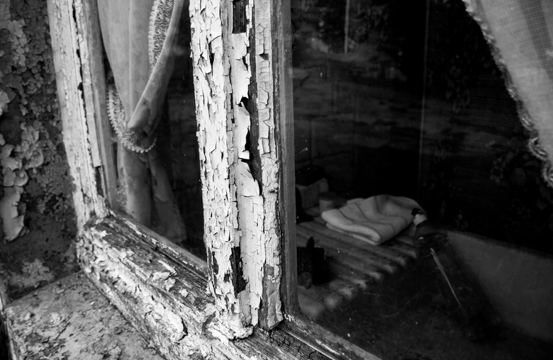 Emptyness - Een leeg staand gebouw in Luxemburg