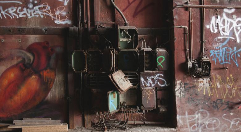 Elektriciteitskasten in Berlijn - 5 dagen met school naar Berlijn geweest en natuurlijk kon ik het gewoon niet laten om op pad te gaan naar oude gebou