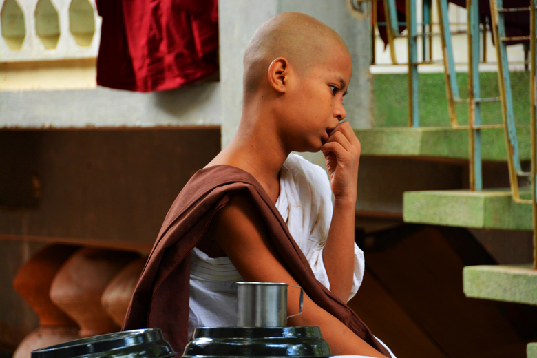 Dromen - Dromende monnik in Myanmar