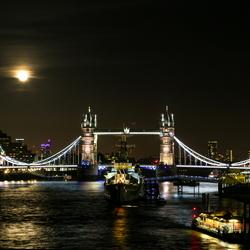 london moon