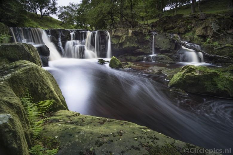 Go with the Flow - Een waterval in de North York Moors in Engeland. Een wat minder bekende locatie en ook nogal moeilijk te vinden en te bereiken; op
